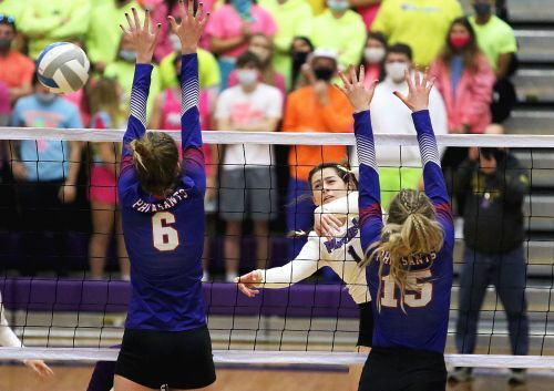 Panthers, Chargers meet for Class A title